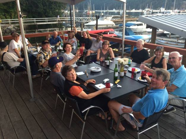 With the gang at Brentwood Bay (D. Hutchhausen photo)